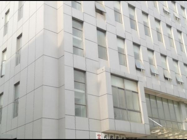 湖北汉阳文体中心大楼金属氟碳漆工程案例